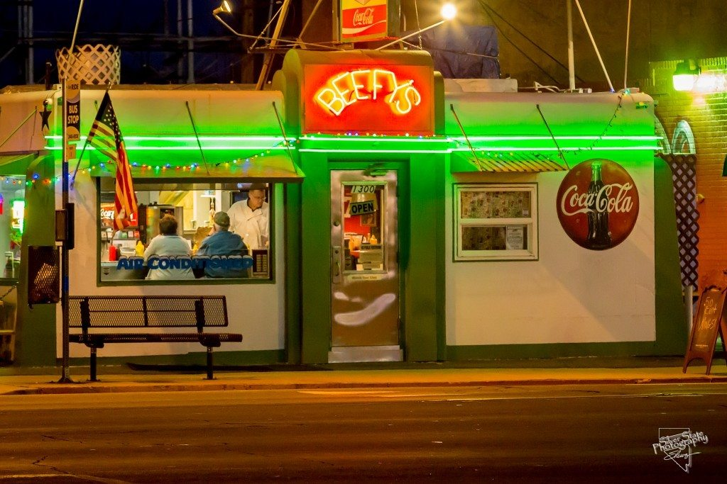 Beefy's at night